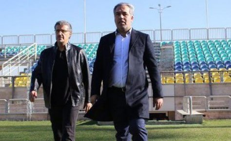 بیگانه با فوتبال، غریبه با مدیریت