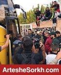 اجازه پیاده شدن بازیکنان پرسپولیس از اتوبوس صادر نشد!
