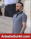 حواشی بازی: گل محمدی از روی سکوها مشغول هدایت پرسپولیس